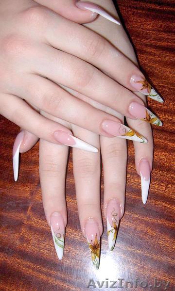 Рисунки на нарощенных ногтях острой формы фото