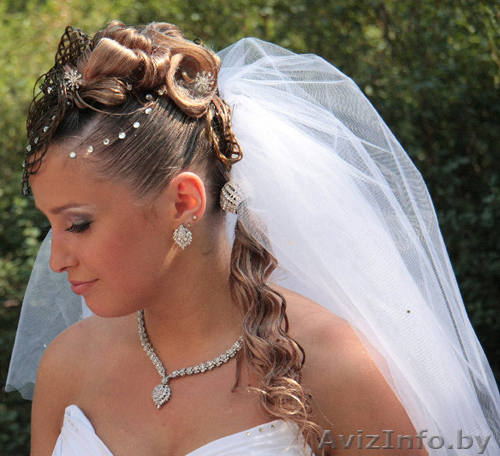 свадебные прически на май 2012