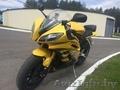 Yamaha YZF R6 Желтая чудесная пчела спортбайк