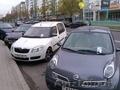 Распространить визитки или листовки под дворники (резинки) авто в Минске.