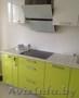 Кухня в комплекте с фурнитурой и столешницей.