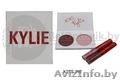 Набор Kylie RED палетка и 2 помады - Изображение #2, Объявление #1640670